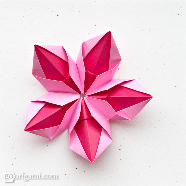 How To Make Easy Origami Lily