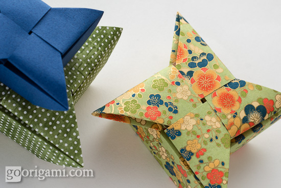 Shuriken Star Origami Box by Evi Binzinger