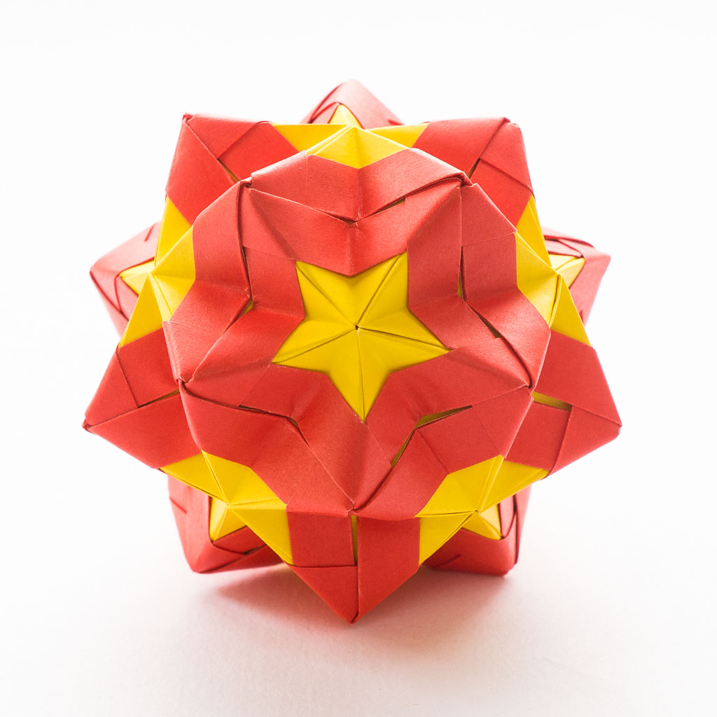 Modular Origami - balls and polyhedra folded by Michał Kosmulski | 1024x1024