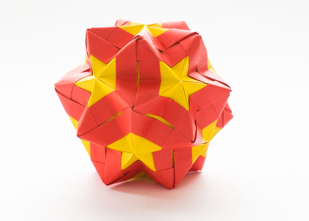 Etna Kusudama by Maria Sinayskaya — Diagram | Diagramas de origami ... | 731x1024